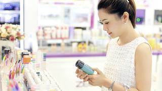 Lựa chọn các loại mỹ phẩm và phấn cần dựa trên da của bạn