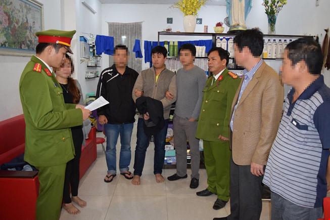 Ngân hàng BIDV ở Huế bị cướp 2