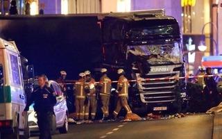 Khủng bố IS xác nhận gây ra vụ xe tải đâm chết 9 người trong chợ Giáng sinh Đức