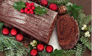 Cách làm bánh gato khúc cây vừa đẹp vừa ngon cho đêm Giáng sinh