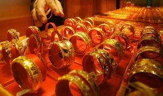 Giá vàng hôm nay 22/12: Vàng tiếp tục giảm giá - USD tăng mạnh