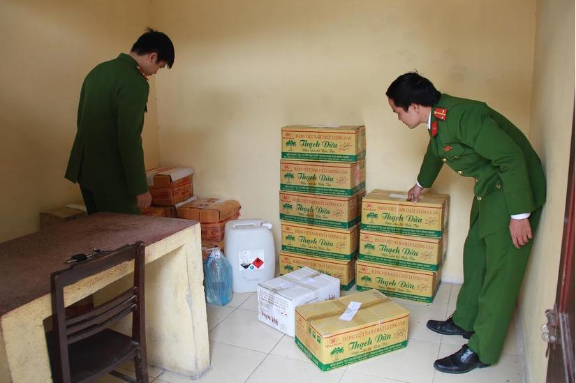 Dấm gạo giả phát hiện ở Thanh Hóa ngày 23/12
