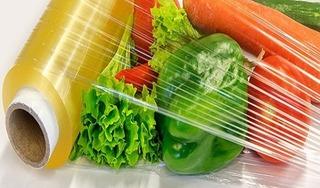 Bạn có đang dùng màng bọc thực phẩm sai cách?