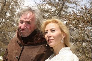 Cái kết trắng tay không thể thảm hơn của cô vợ trẻ bên người chồng 67 tuổi