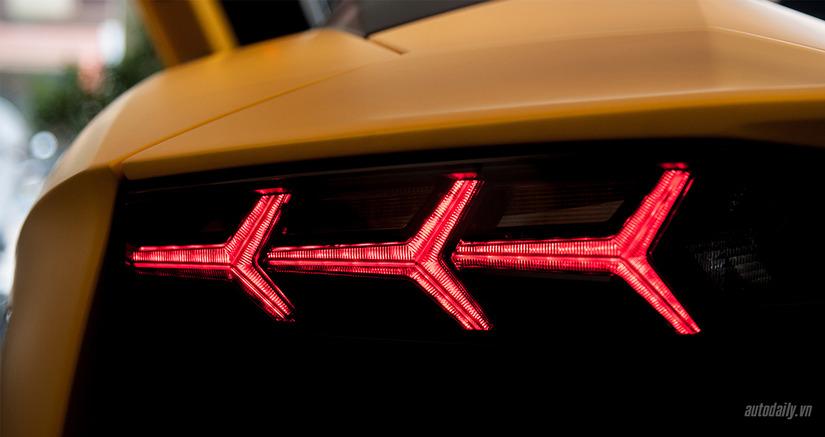 Siêu xe Lamborghini Aventador SV 6