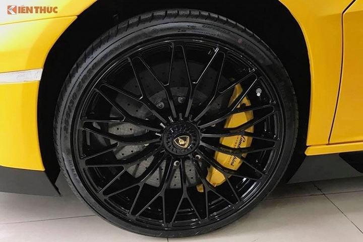 Siêu xe Lamborghini Aventador SV 7
