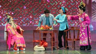 """Xuân Hinh cùng các Táo Quân """"đốt cháy"""" sân khấu Gala Cười 2017"""