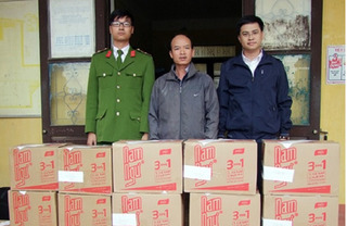 Đột nhập xưởng nước mắm giả thương hiệu Nam Ngư, Tân Phú