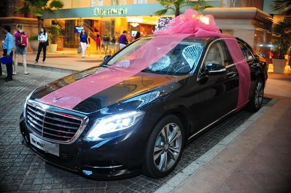 thưởng tết bằng ô tô