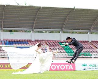 Chàng thủ môn đa tài của HAGL tung bộ ảnh cưới
