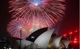Thế giới đón năm mới 2017: Pháo hoa rực sáng ở Úc, biểu tình tại Hàn Quốc