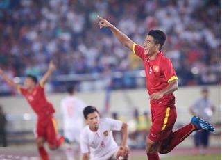 """Tốp 3 tiền đạo """"chân gỗ"""" nổi tiếng nhất Việt Nam"""