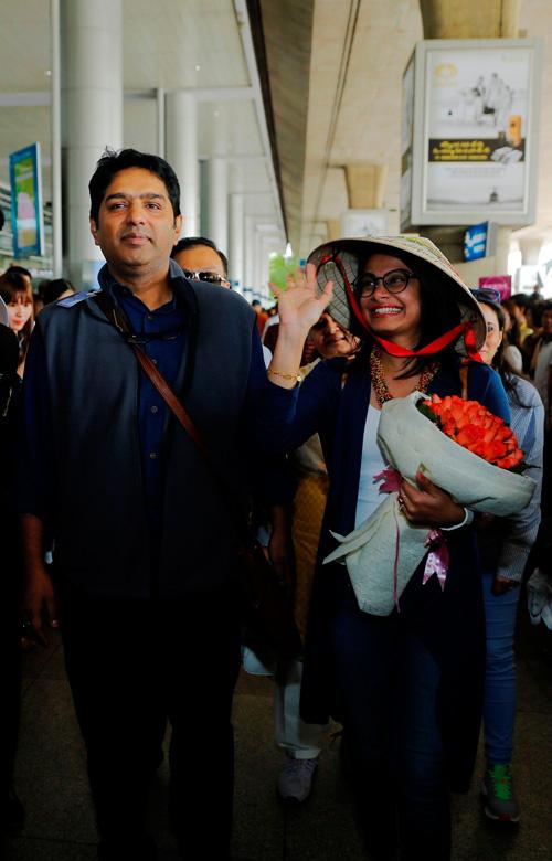 Cô dâu 8 tuổi đến Việt Nam 4