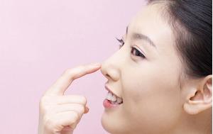 Sau phẫu thuật nâng mũi phải chú ý vấn đề vệ sinh