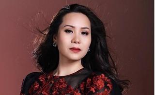 Nữ hoàng doanh nhân 2015: Người đẹp nhân ái hiếm có của showbiz Việt