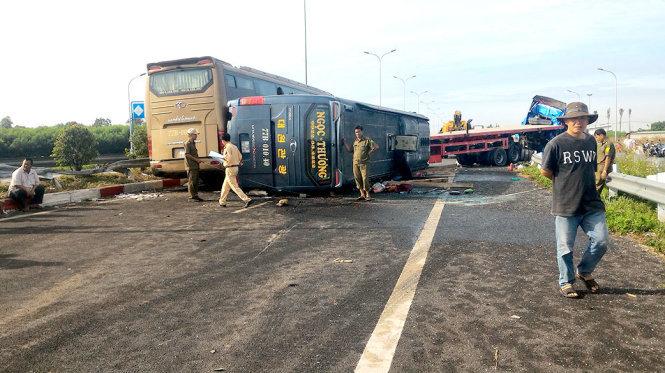 Tai nạn liên hoàn trên cao tốc Long Thành - Dầu Giây 4