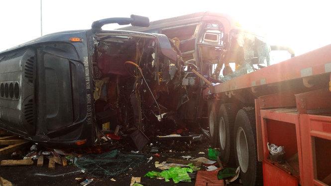Tai nạn liên hoàn trên cao tốc Long Thành - Dầu Giây 5