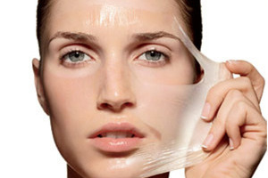 Phái đẹp đừng để ân hận suốt đời vì dùng chất hoá học để lột da mặt một cách tuỳ tiện