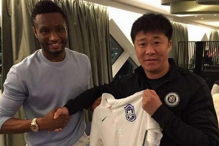 Mikel chính thức chuyển sang Trung Quốc thi đấu. Ảnh: Internet