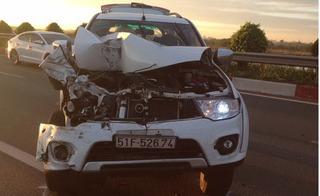 Lại xảy ra tai nạn trên cao tốc Long Thành – Dầu Giây, xe 7 chỗ nát đầu