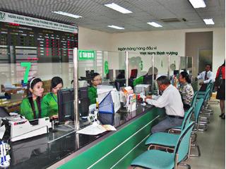 """Vietcombank bác bỏ tin thưởng Tết """"khủng"""", mỗi nhân viên nhận 170 triệu đồng"""
