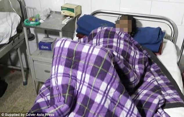 Người phụ nữ Ấn Độ này bị chồng hành hạ vì phát hiện cô vô sinh. Ảnh: Mogaznews