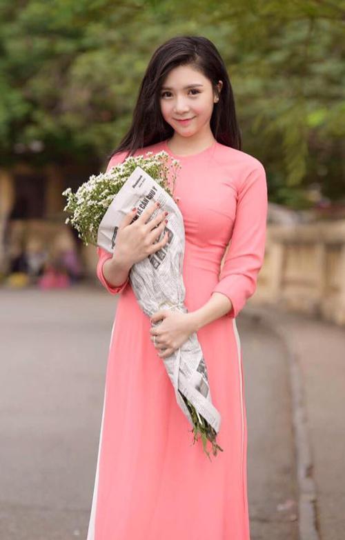 Hot girl Thanh Bi - người yêu Quang Lê 6