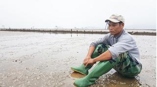 Thảm họa môi trường khủng khiếp tại Thanh Hóa: Đau đớn nhìn cả trăm tỉ đồng tan theo bọt nước!