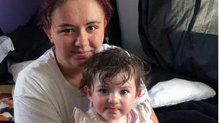 Chuyện khó tin: Bé con rơi ra từ bụng sau 39 tuần vì mẹ chẳng hay biết mình mang thai