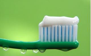 Phát hiện mới: Kem đánh răng có thành phần gây ung thư?