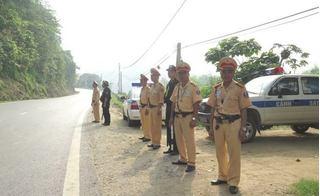 """Dân """"tố"""" CSGT bắt chuộc giấy tờ xe 3 triệu đồng: Công an tỉnh Lào Cai nói gì?"""