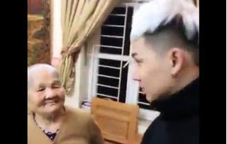 Clip hotboy bị bà mắng xối xả khiến hàng triệu netizen thích thú