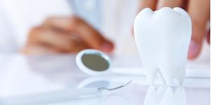 Quy trình khám răng định kỳ bao gồm ba bước chính