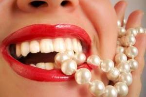Phòng chống các bệnh răng miệng hiệu quả bằng việc cung cấp đủ dưỡng chất