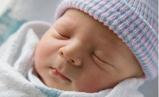 14 điều tuyệt đối cấm kỵ khi đến thăm trẻ sơ sinh
