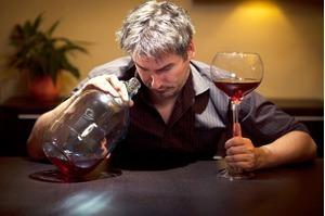 Uống rượu có ảnh hưởng gì tới chứng mỡ cao trong máu không?