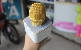 Gần Tết, cẩn trọng khi mua loại mic karaoke đang