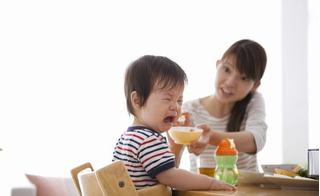 Trẻ biếng ăn, bố mẹ phải làm gì để con tăng cân nhanh chóng?
