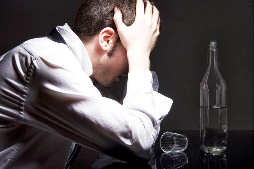 Nghiện rượu dẫn tới chết não do thiếu huyết
