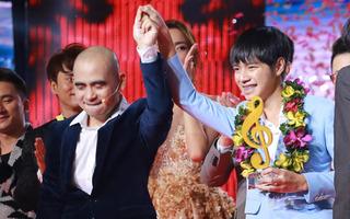 Cao Bá Hưng giành giải Quán quân Sing My Song