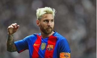 Messi tiết lộ lý do để râu và nhuộm tóc bạch kim