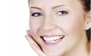 Một số phương pháp lấy đi các vết sạm màu trên răng