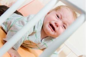 Những nguyên nhân có thể khiến bé quấy khóc