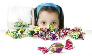 Tuyệt chiêu khiến trẻ thờ ơ với bánh kẹo, nước ngọt trong những ngày Tết