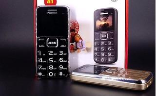 Những mẫu điện thoại số to, dễ dùng nhất làm quà Tết cho bố mẹ, ông bà