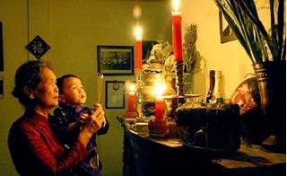 Học cách cúng giao thừa Tết Đinh Dậu 2017 cho đúng để năm mới suôn sẻ