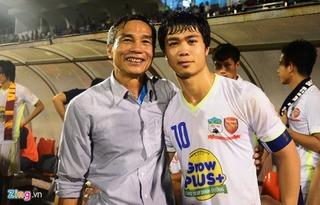 Gia đình mong Công Phượng tìm lại phong độ, BHL Việt Nam lo cầu thủ tăng cân sau Tết
