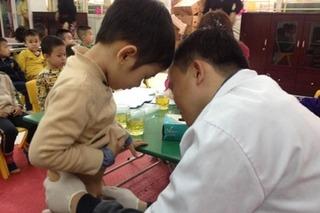 Bác sĩ chia sẻ dấu hiệu nhận biết ung thư dương vật ở bé trai, hãy quan sát con bạn ngay hôm nay