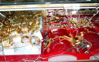 Thủ đoạn tinh vi của băng tội phạm gây ra 45 vụ trộm tiệm vàng ở miền Tây