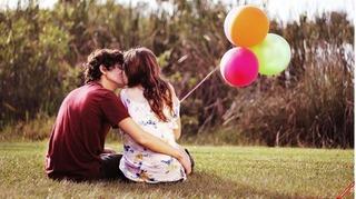 Cách chọn quà tặng Valentine cho bạn gái theo 12 cung hoàng đạo